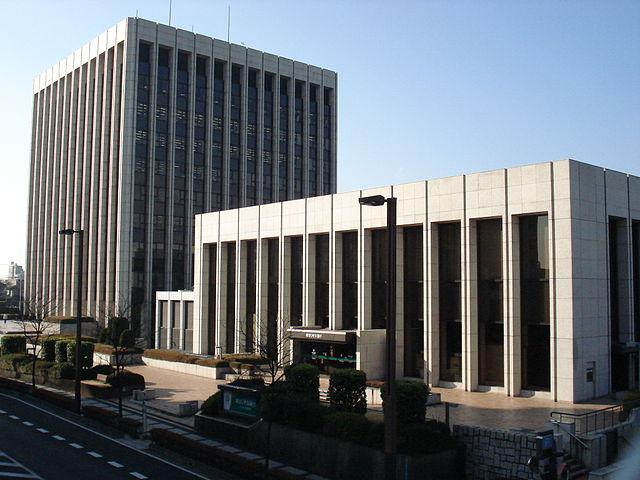 Saitama-resona_headquarter01